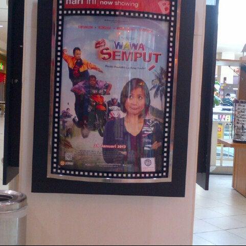 Photo taken at Big Cinemas by Wangi N. on 1/31/2013