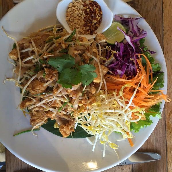 bueno tailandés mamada