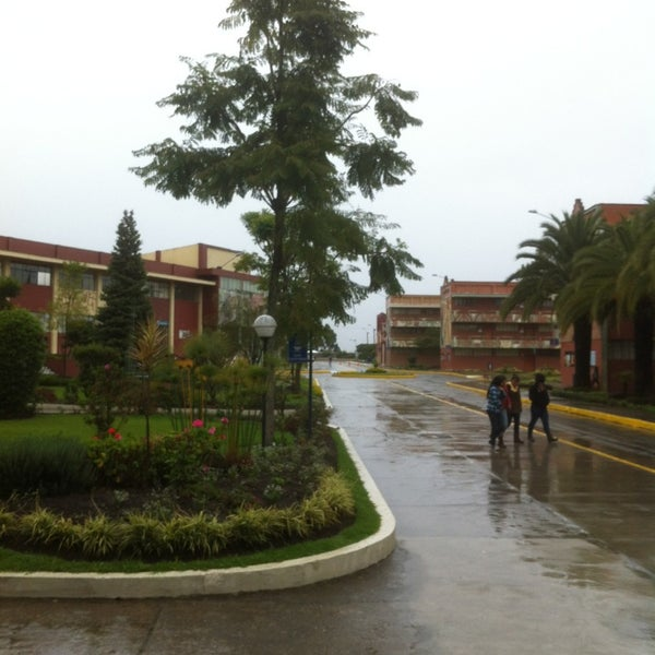 Photo taken at Universidad Técnica Particular de Loja by Roberto V. on 7/8/2013