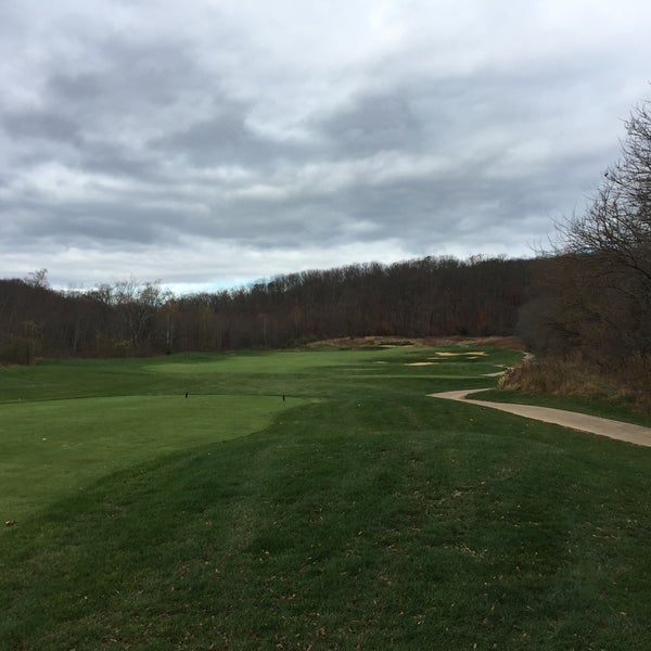 Photo taken at Raspberry Falls Golf & Hunt Club by Jim P. on 11/22/2015
