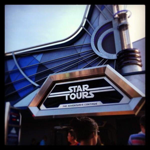 star tours the adventures continue theme park ride. Black Bedroom Furniture Sets. Home Design Ideas