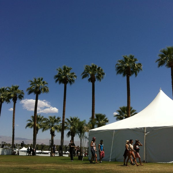 Photo taken at Coachella Valley Music and Arts Festival by Lizette O. on 4/12/2013