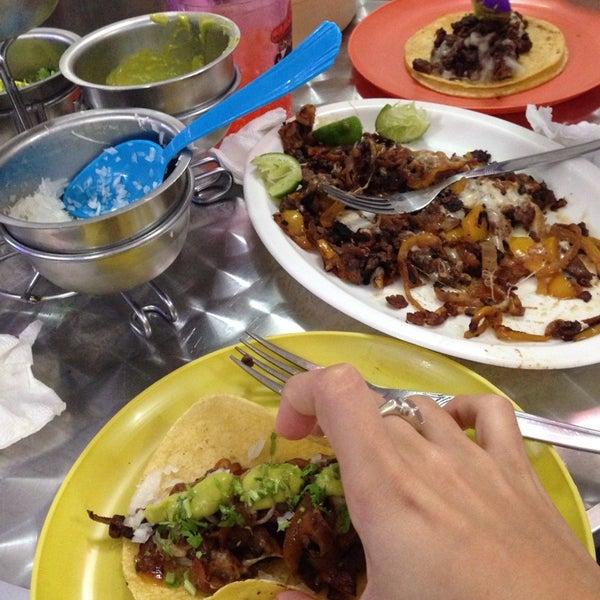 Taqueria el paisa ahora cerrado rc tolentino 41 for Ahora mexican cuisine