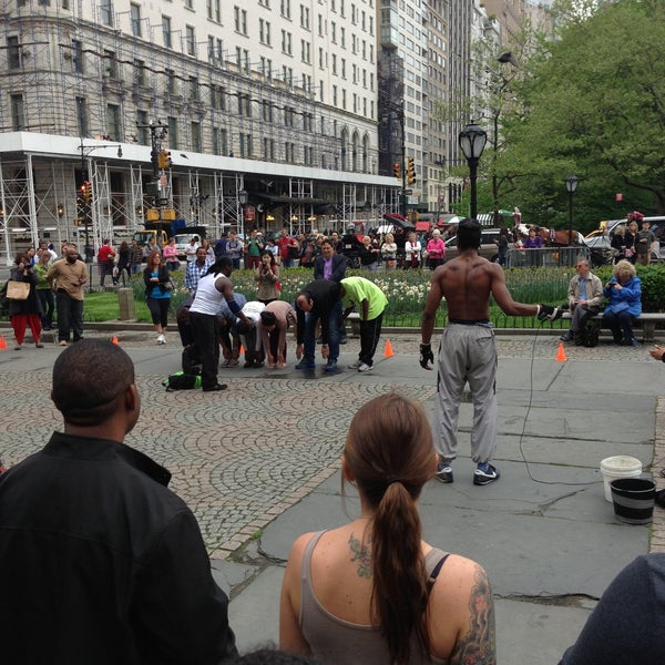 Photo taken at Grand Army Plaza by Oriana T. on 5/11/2013