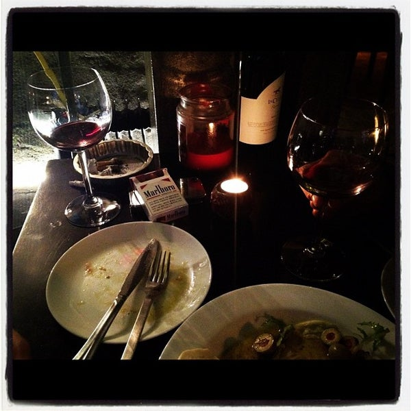 Photo taken at Hera's by Jman S. on 2/11/2012