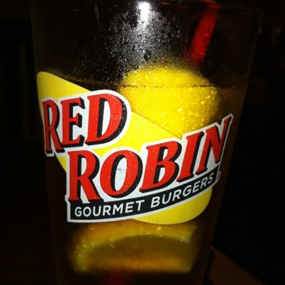 Photo taken at Red Robin Gourmet Burgers by Matt B. on 7/26/2012