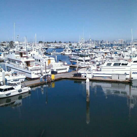 Point loma seafoods seafood restaurant in roseville for Point loma fishing