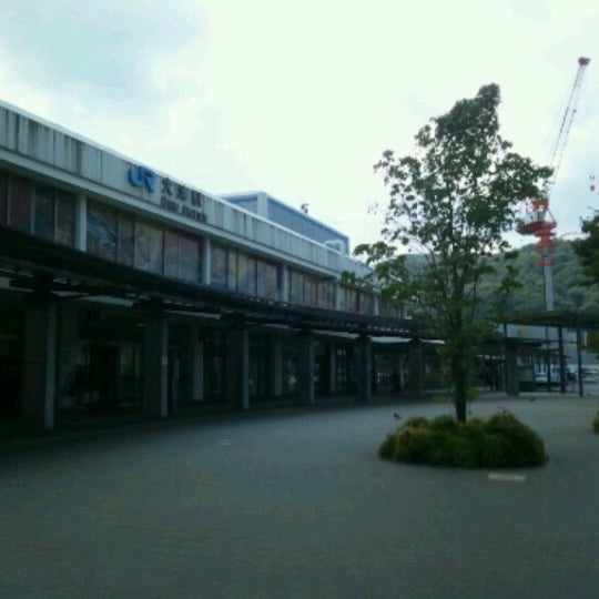 Photo taken at 大津駅 (Ōtsu Sta.) by shadomobile on 8/18/2012