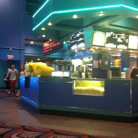 Showcase cinemas lowell movie theater in lowell for Woburn showcase