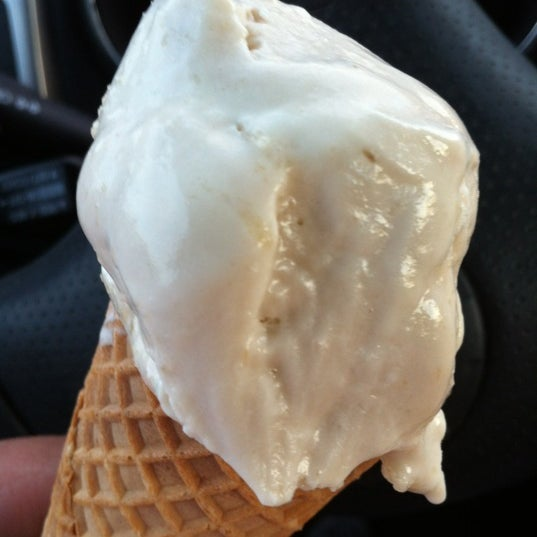 Photo taken at Mitchell's Ice Cream by Rae Y. on 4/15/2012