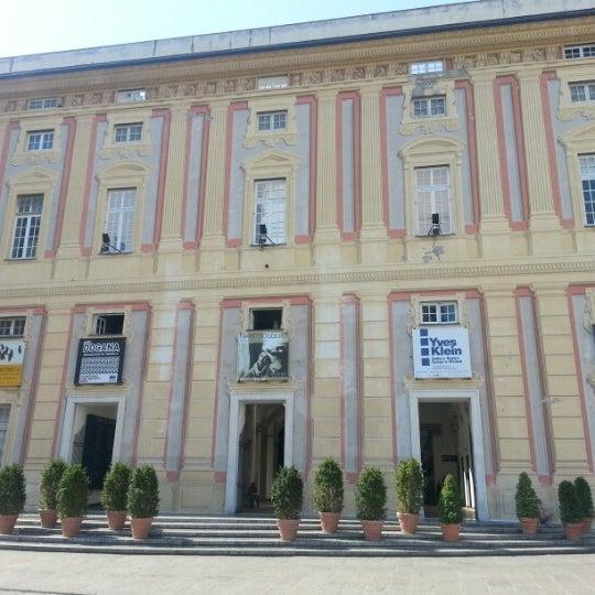 Foto scattata a Palazzo Ducale da Nataly il 8/14/2012