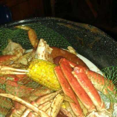 Joe 39 s crab shack 19 tips from 1092 visitors for Two fish crab shack