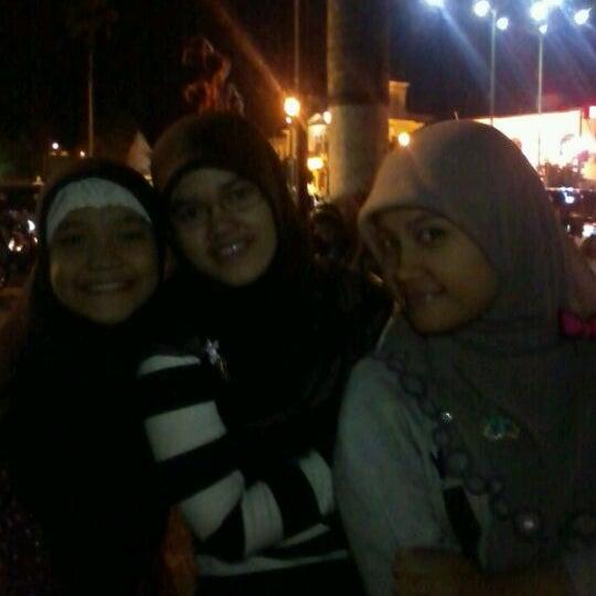 Photo taken at Alun - Alun Lor by Meisya J. on 2/8/2012