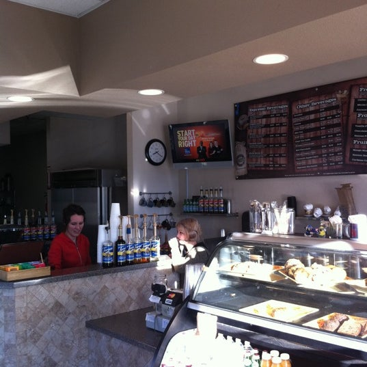 Photo taken at Javatinis Espresso Bar by Richard B. on 1/18/2011