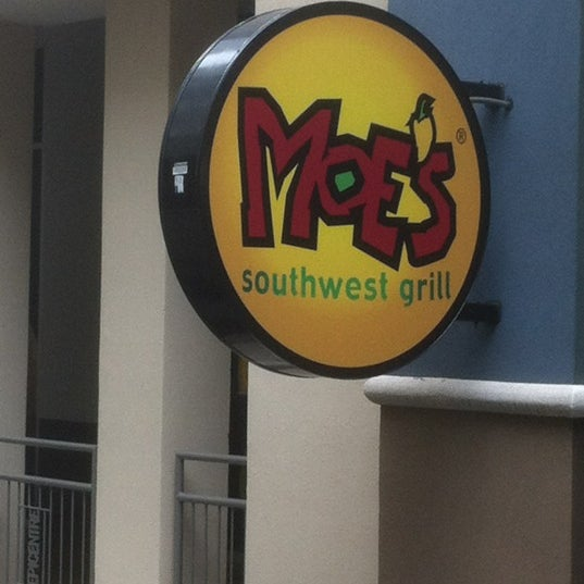 Photo taken at Moe's Southwest Grill by john s. on 8/29/2012