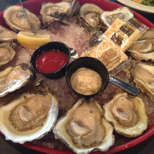 Tommy 39 s restaurant oyster bar american restaurant in for American cuisine houston