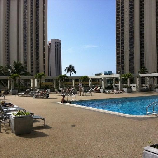 Ala Moana Park Dr Beach
