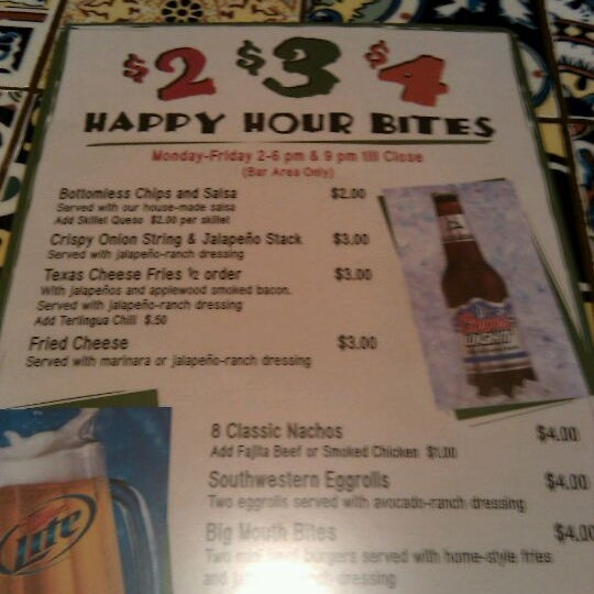 Photo taken at Chili's Grill & Bar by Matthew G. on 5/3/2011