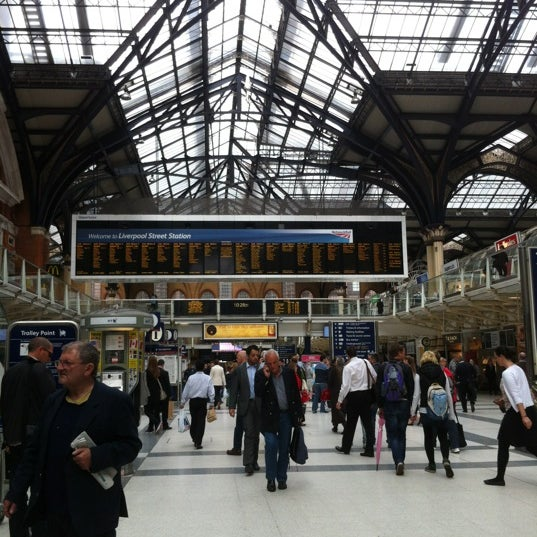 Photo taken at London Liverpool Street Railway Station (LST) by Chris P. on 7/10/2012