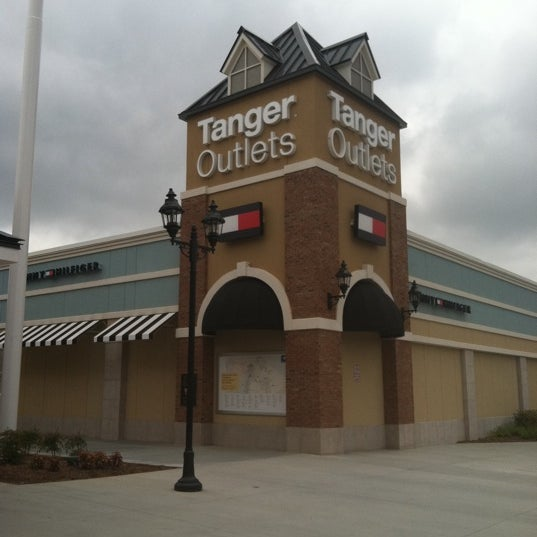 Photo taken at Mebane Tanger Outlets by Jen S. on 8/5/2011