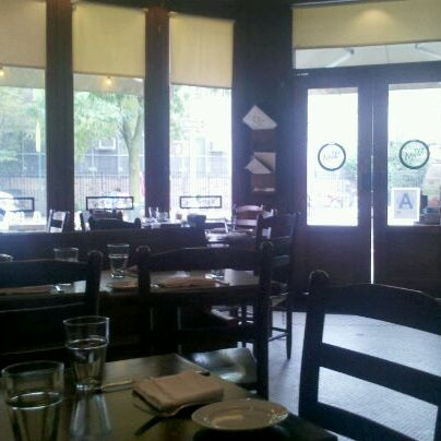 Photo taken at Watty & Meg by Liz A. on 9/24/2011