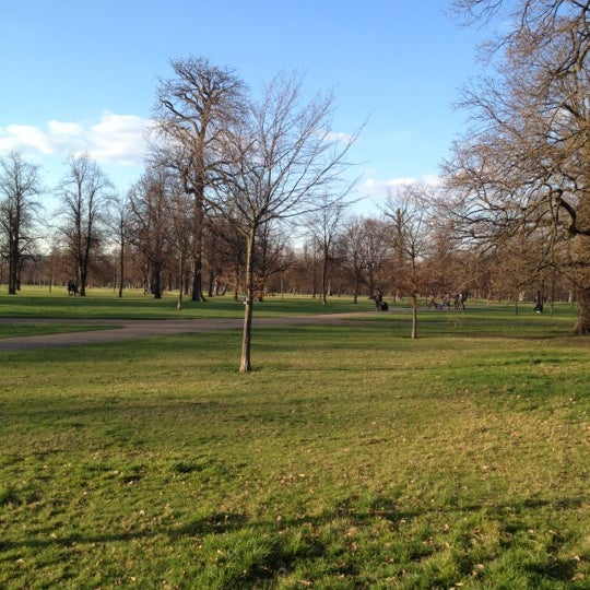 Photo taken at Kensington Gardens by Colin on 3/19/2012