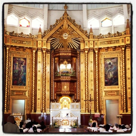 Photo taken at National Shrine of Our Lady of Peace and Good Voyage (Antipolo Cathedral) by Taro J. on 6/20/2012