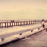 Photo taken at สะพานคู่ @หาดแม่รำพึง ระยอง by ☤ⒶⓄⒻ ⓎⒶⓇⓛⓢ™ on 6/17/2012