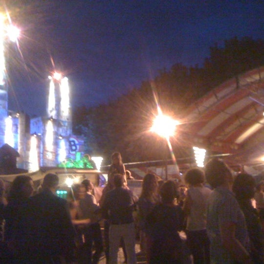 Photo taken at Festivalplein Theaterfestival Boulevard by Jessy V. on 8/3/2012