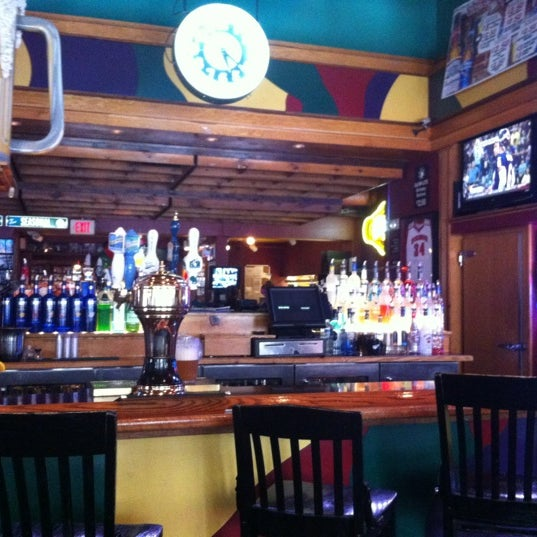 Photo taken at Nitty Gritty Restaurant & Bar by Aaron W. on 5/15/2012