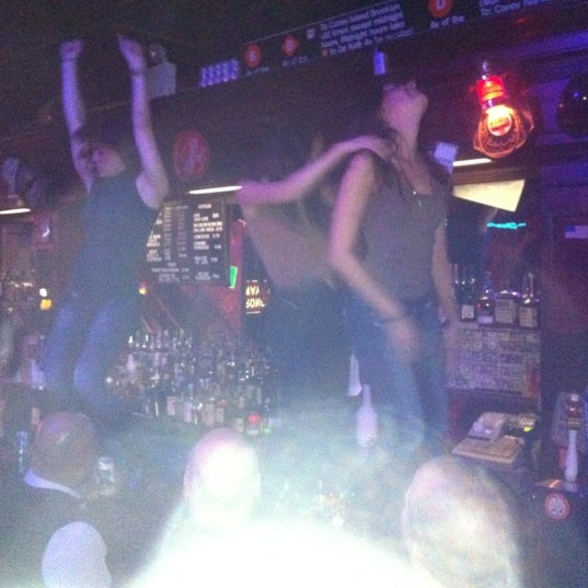 Yes children I'm at a bar where the ladies are encouraged to jump on the bar and dance.