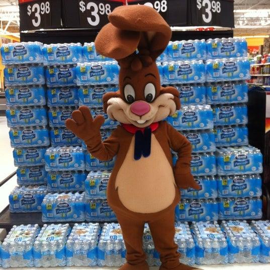 Photo taken at Walmart Supercenter by Lil M. on 8/18/2012