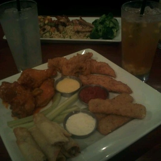 Photo taken at Ruby Tuesday by Joy S. on 3/20/2012