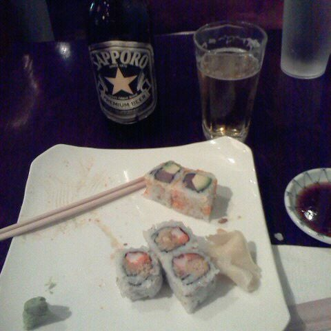 Photo taken at Sushi Lounge by Danny R. on 12/5/2011