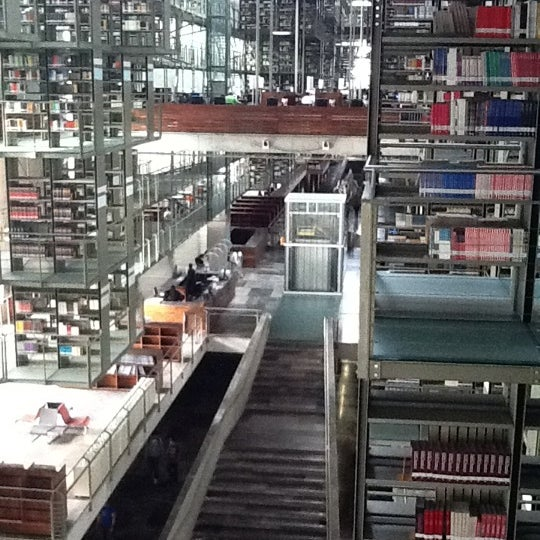 Photo taken at Biblioteca Vasconcelos by Gustavo A. on 9/20/2011