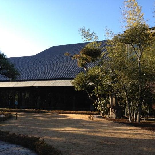 Photo taken at 根津美術館 (Nezu Museum) by Hara K. on 1/7/2012