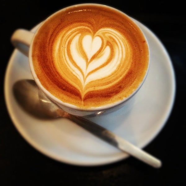 Photo taken at Flat White by Tove S. on 8/4/2012