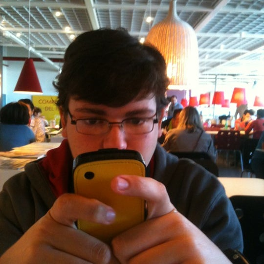 Photo taken at McDonald's by José Miguel M. on 4/28/2012