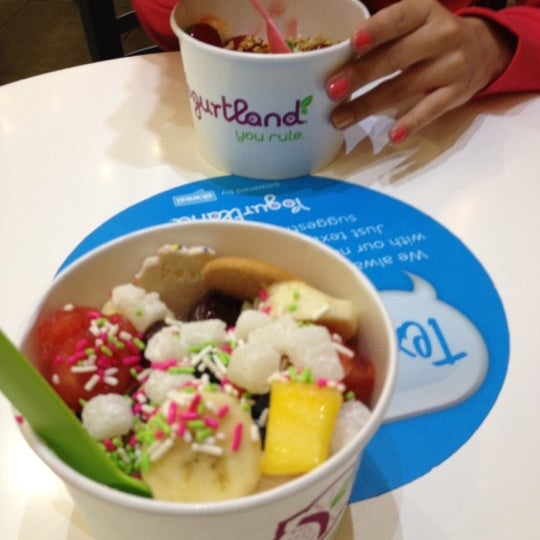 Photo taken at Yogurtland by Roxy O. on 3/1/2012