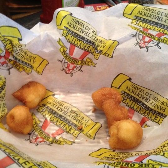 Photo taken at The Original Benjamin's Calabash Seafood by Amber on 8/4/2012