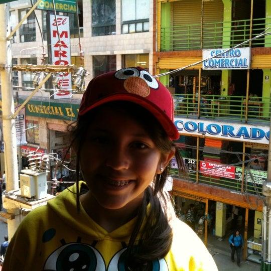 Foto tomada en Gamarra por Guillermo T. el 10/14/2011