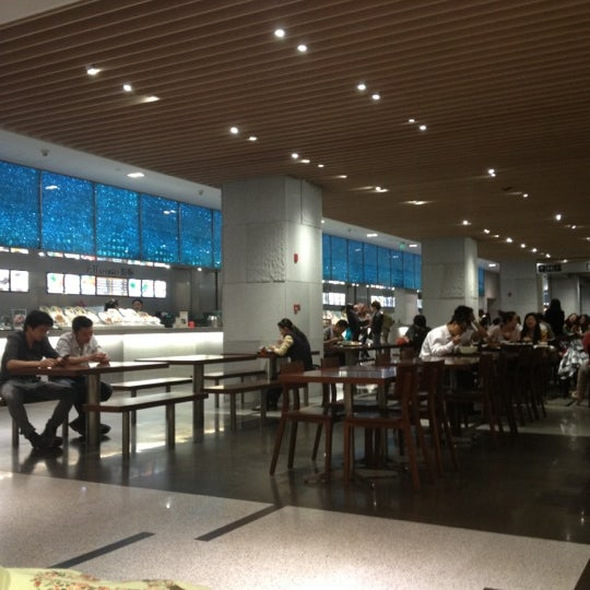 Photo taken at 芮欧美食广场 | Réel Kitchen by Marie W. on 5/8/2012