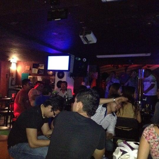Photo taken at El Palacio del Billar by Ji C. on 5/29/2012