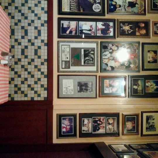 Photo taken at Milano Pizzeria by Khashi F. on 1/8/2012