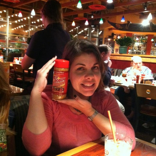 Nov 12, · Reserve a table at Red Robin Gourmet Burgers, Omaha on TripAdvisor: See 34 unbiased reviews of Red Robin Gourmet Burgers, rated of 5 on TripAdvisor and ranked # of 1, restaurants in Omaha/5(30).
