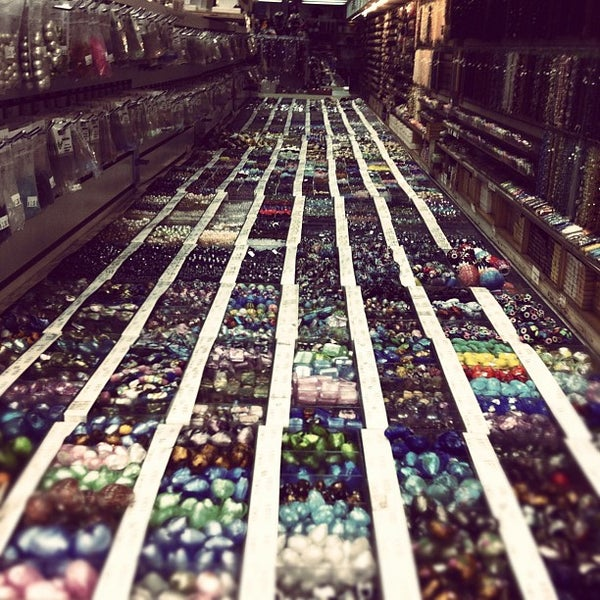 Beads on fifth arts crafts store in new york for Craft stores in nyc