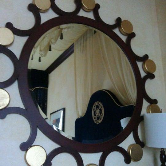 Photo taken at Hotel Burnham by Kevin Tyler B. on 9/10/2011