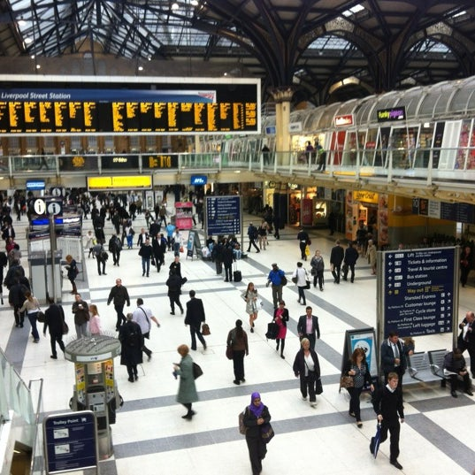 Photo taken at London Liverpool Street Railway Station (LST) by Rowland W. on 7/4/2012