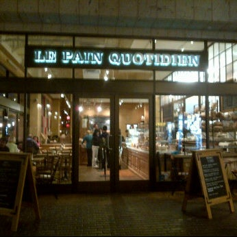 Photo taken at Le Pain Quotidien by Prim P. on 4/22/2012