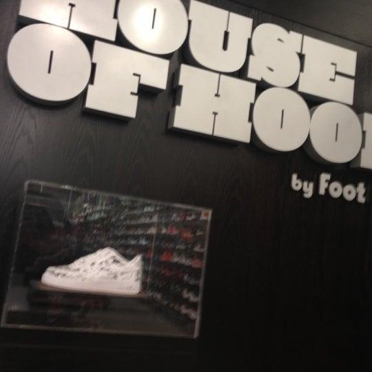 house of hoops by foot locker easton 1 tip. Black Bedroom Furniture Sets. Home Design Ideas